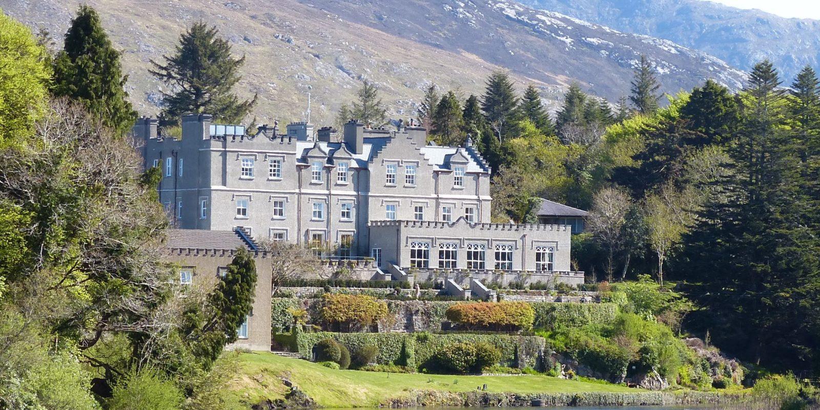 Balynahinch Castle Hotel